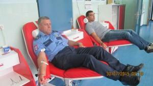 cjbpd-policajci darivali krv (1)