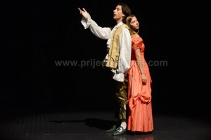 odigrana predstava-u pozoriste (8)