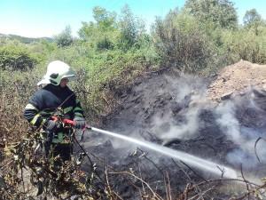 vatrogasci prijedor-pozar-deponija guma (4)