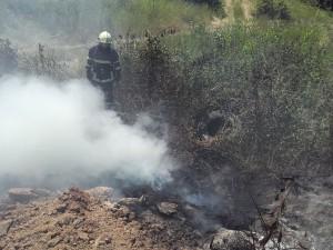 vatrogasci prijedor-pozar-deponija guma (9)