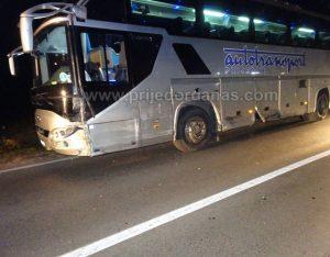 saobracajka-mercedes-autobus-2