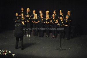 vece-amaterskog-horskog-pjevanja-6